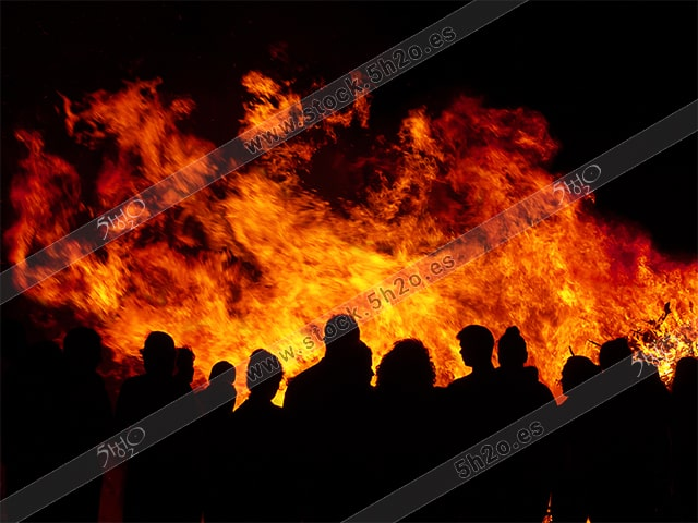San Juan fuego de noche