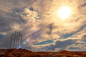 Foto de stock - Photo Stock - mar de nubes con cables electricos