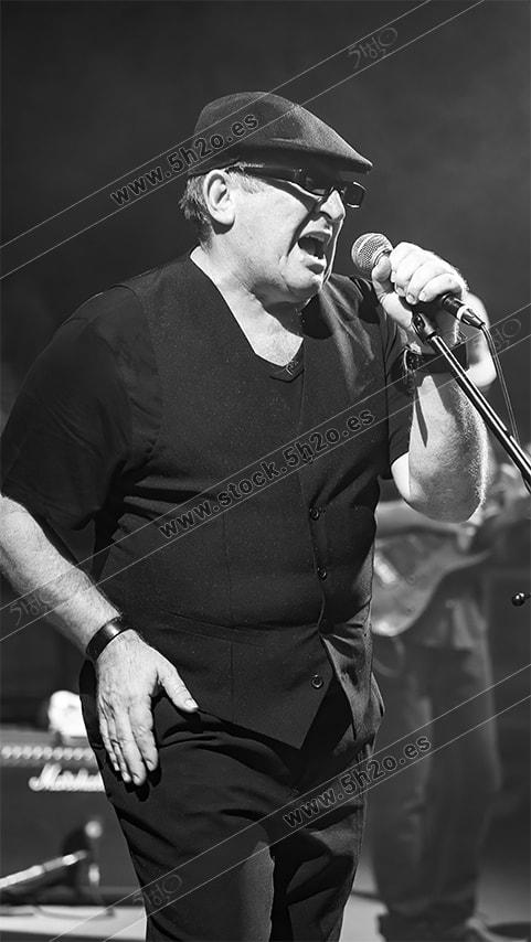 Jose María Rico Urbano - Spencer cantante actuación en Nerja