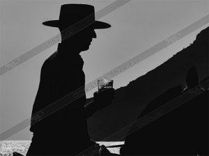 Jinete andaluz en silueta en blanco y negro
