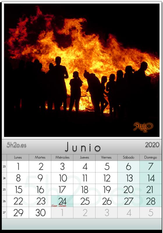 Photo Stock - Foto de Stock de una hoguera de San Juan usada en calendario